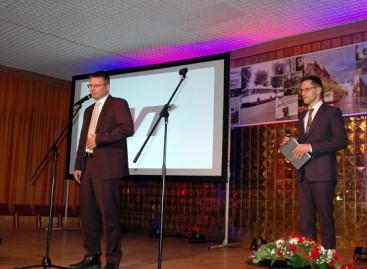 """Pirmojo """"Vilniaus viešojo transporto"""" jubiliejaus proga – apdovanojimai geriausiems darbuotojams"""
