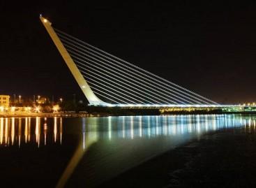 Gražiausi pasaulyje tiltai