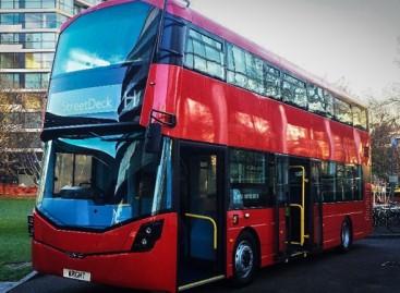 Londone pasirodys dviaukščiai vandeniliniai autobusai