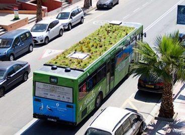 Ispanijos miestuose – autobusai žaliuojančiais stogais