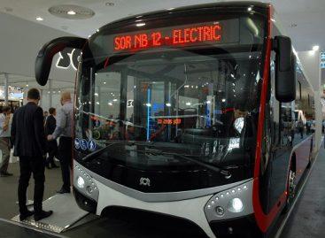 Praha renkasi elektrinius autobusus