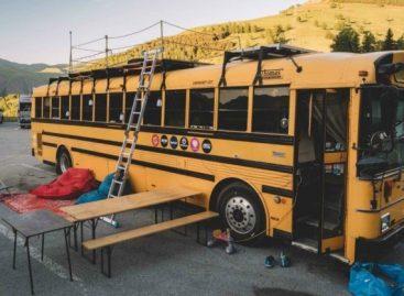 Namai kelionėms: senas autobusas, virtęs gyvenamuoju būstu