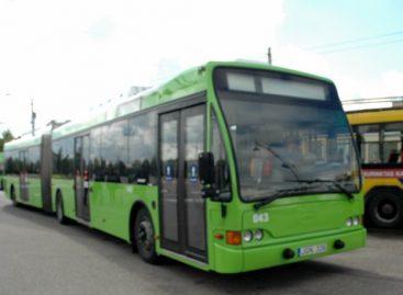 Kauno miesto meras padėkomis įvertino troleibusų vairuotojų darbą