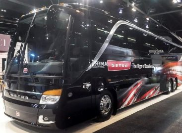 """""""Setra"""" autobusai – JAV rinkoje"""