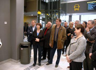 Keleivių vežėjai susipažino su Kauno autobusų stotimi