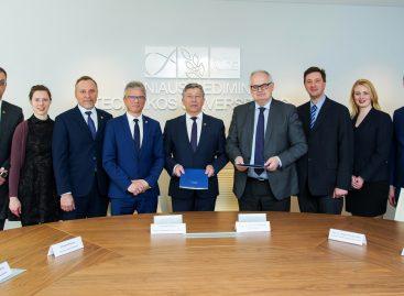"""""""Linava"""" pasirašė bendradarbiavimo sutartį su VGTU"""