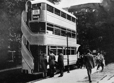 """""""Jumbo High-Body"""" – vienintelis ir nepakartojamas triaukštis autobusas"""