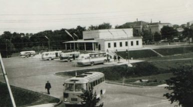 Utenos autobusų parkui – 25