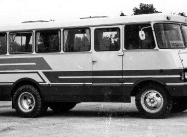 Reti sovietiniai autobusai