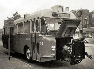 """DAF """"Domburg"""" – autobusas su """"išvažiuojančiu"""" varikliu"""