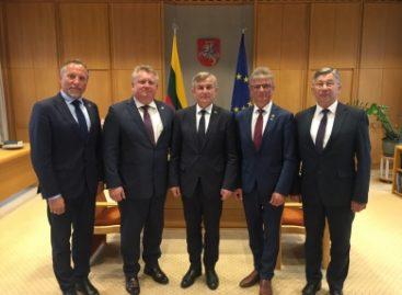 Susitikime su Seimo pirmininku – ir apie keleivių vežėjų problemas
