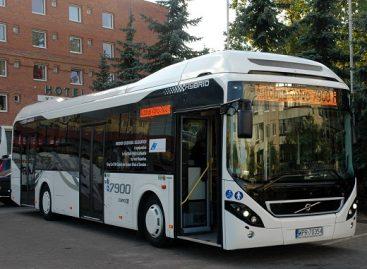 Taline visi autobusai bus hibridiniai