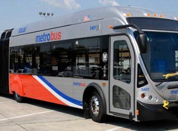 Gamtines dujas naudojantys autobusai populiarūs Amerikoje