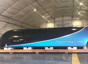 """Pirmieji vakuuminio ateities transporto """"Hyperloop One"""" bandymai"""