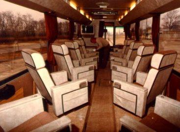 """""""Ikarus 250.60 SL"""" – 1975-ųjų VIP versija"""