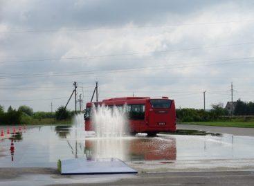 Kauno autobusų vairuotojai tobulino vairavimo įgūdžius