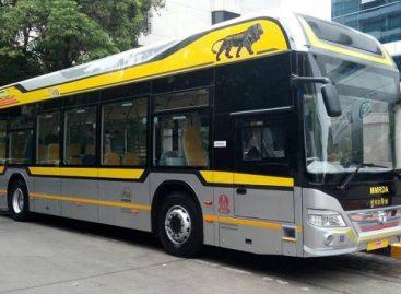 Indijoje populiarėja hibridiniai autobusai