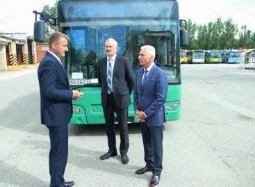 Šiauliuose – Švedijoje pirkti autobusai