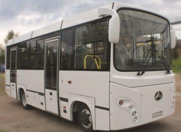 """Sibire surinkinės autobusus ant """"Isuzu"""" važiuoklės"""