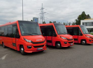 Kuršėnų autobusų parkas įsigijo tris naujus autobusus