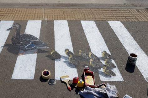 Kaunas ties pėsčiųjų perėjomis pasitelkė 3D piešinius