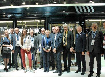 """Keleivių vežėjai apsilankė """"Busworld"""" parodoje"""