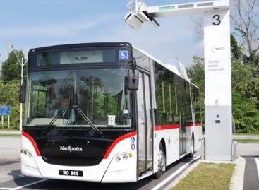 Naujas elektrinis autobusas po 10 minučių trunkančio įkrovimo įveikia 30 kilometrų