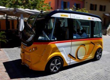 Šveicarijoje išbandomas savaeigis autobusas
