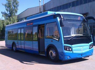Rusai sukūrė neįprasto dizaino dujinį autobusą