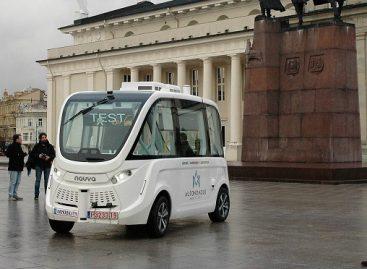 Vilniuje išbandytas pirmasis Lietuvoje savaeigis automobilis
