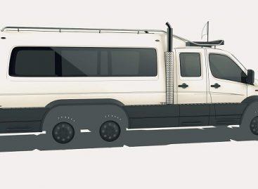 """""""Mercedes-Benz Sprinter"""", kuris gali keliauti ir vandeniu"""