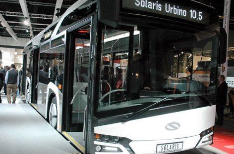 """Vilniuje pasirašyta sutartis su """"Solaris"""" gamintojais dėl naujų autobusų pirkimo"""