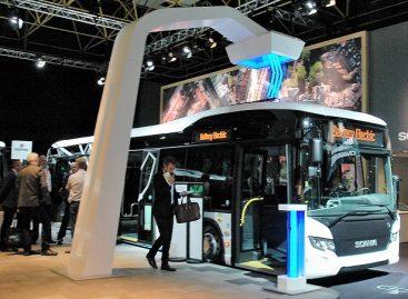 """""""Scania"""" stende """"Busworld"""" parodoje – alternatyvos dyzelinui"""