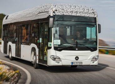 """Mercedes-Benz"" pristatė pirmąjį elektrinį autobusą"