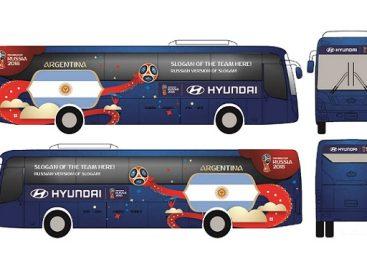 """""""Hyundai Motor"""" pademonstravo, kaip atrodys Pasaulio futbolo čempionato dalyvius vešiantys autobusai"""