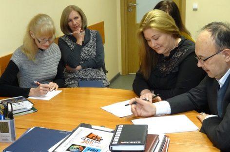 """Bendrovės """"Kauno autobusai"""" profesinės sąjungos pradėjo kolektyvines derybas su administracija"""