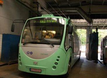 Minske – dar 60 elektrinių autobusų