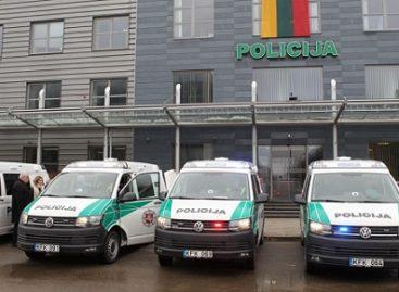 """Policija įsigijo """"Volkswagen Transporter"""" autobusiukų"""
