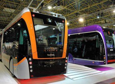 """""""Van Hool"""" pristatys 24 m ilgio autobusus Norvegijai"""