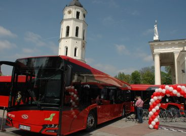 Sostinės savivaldybės dovana – nemokamas viešasis transportas valstybinių švenčių dienomis