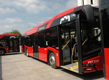 Įsigijusiems mėnesinius traukinio bilietus – nemokamas viešasis transportas sostinėje