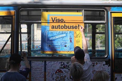 Vilnius originaliai atsisveikina su senaisiais autobusais