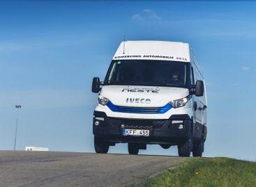 Mikroautobusai stabdymo teste nenusileidžia lengviesiems automobiliams