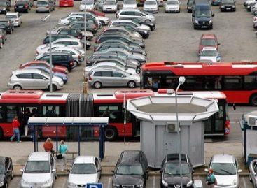 Kaip atrodo sostinės privatininkų autobusai po vakarykščio lietaus?