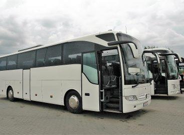 Tolimojo susisiekimo autobusų vairuotojai ragins segtis saugos diržus