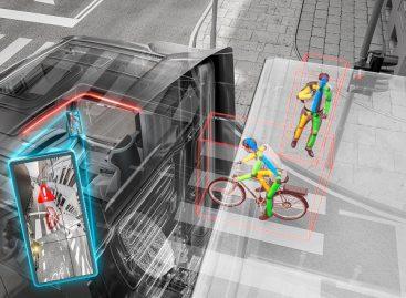 """Saugumas keliuose: """"Continental"""" pristato pažangią perspėjimo posūkiuose sistemą"""