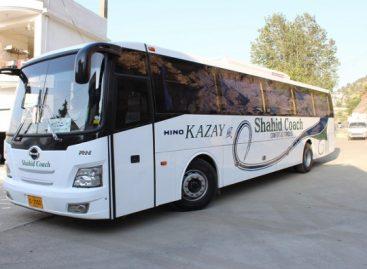 """""""Hino"""" gamins """"Kazay Bus"""" autobusus Pakistane"""