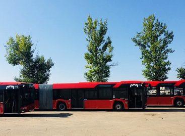 """Pailginti sostinės vežėjų """"Solaris Urbino"""" išvažiavo į miesto gatves"""