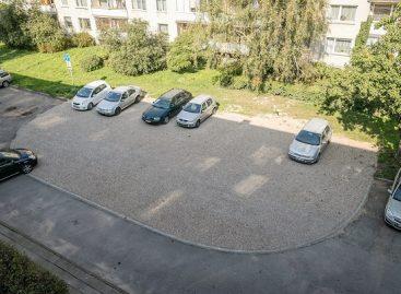 Vilniaus savivaldybė įrengė dar 29 žaliuosius korius – 600 vietų automobiliams