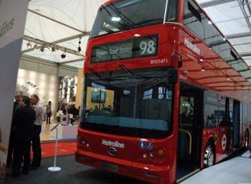 105 elektriniai dviaukščiai autobusai – Mančesteriui